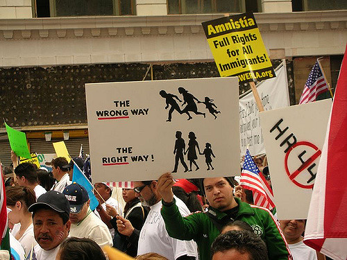 The right way. CC BY-NC 2.0 Bob Morris