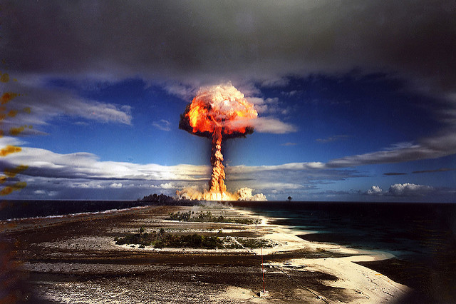 Nuclear French test. Crédits ; James VaughanCC BY-NC-SA 2.0