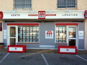 Agence ERA PROVAIX du centre commercial Neptuna aux abords de la RDn 8 Route de Violesi à Bouc Bel Air