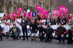 Manif pour tous 13.01.2013. Ericwaltr (Own work) [CC BY-SA 3.0 via Wikimedia Commons