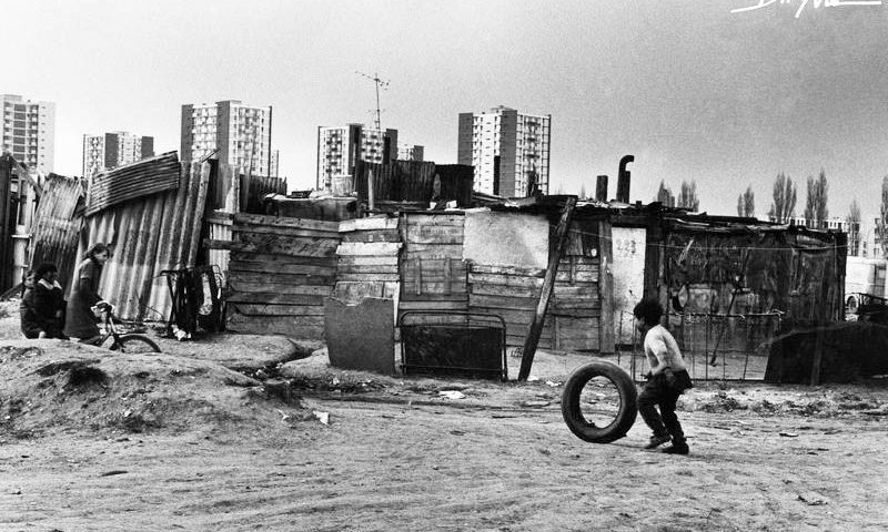 """Claude Dityvon, """"199-30A-LA COURNEUVE-BIDONVILLE-1967. CC BY-NC-ND 2.0 FR"""