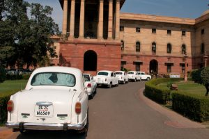 White car fetish, The Rajpath, New Delhi by Christian Haugen Suivre, CC BY 2.0, Flickr