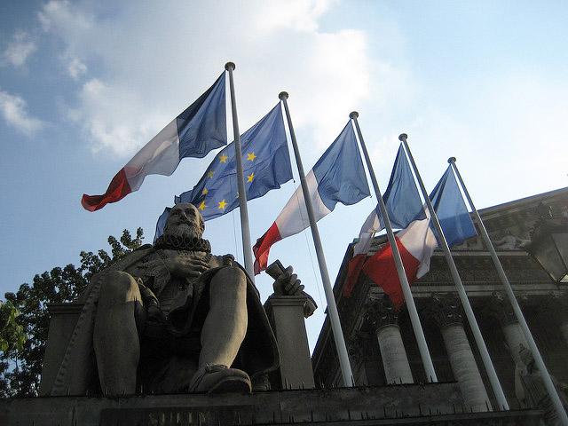 Assemblée Nationale par Christian Papiermachervia Flickr CC BY-NC-ND 2.0