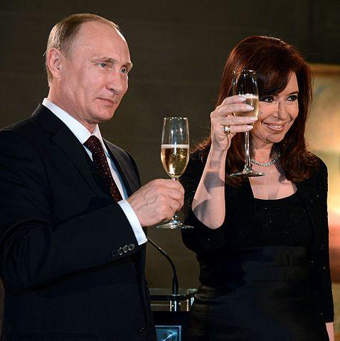 Cristina Fernández and Vladimir Putin in Argentina, 2014. © Casa Rosada Presidencia de la nación Argentina. CC BY 2.0