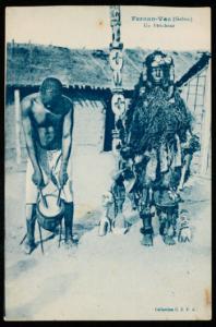Fernan-Vaz (Gabon) Un féticheur, Collection C.E.F.A. © musée du Quai Branly