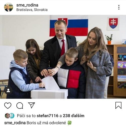 Boris Kollar, candidat de Sme Rodina (Nous sommes une famille) lors des élections présidentielles en Croatie, janvier 2020. Source : Instagram-Sme-rodina