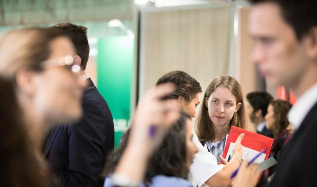 How does Sciences Po prepare its students for their entry into the job market?