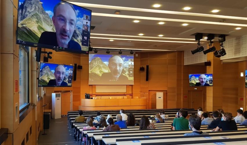 Ecole Doctorale réunion hybride