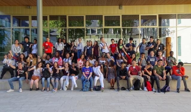 Le premier groupe de lycéens