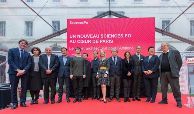 Les équipes d'architectes, de Sciences Po, A. Hidalgo et F. Vidal