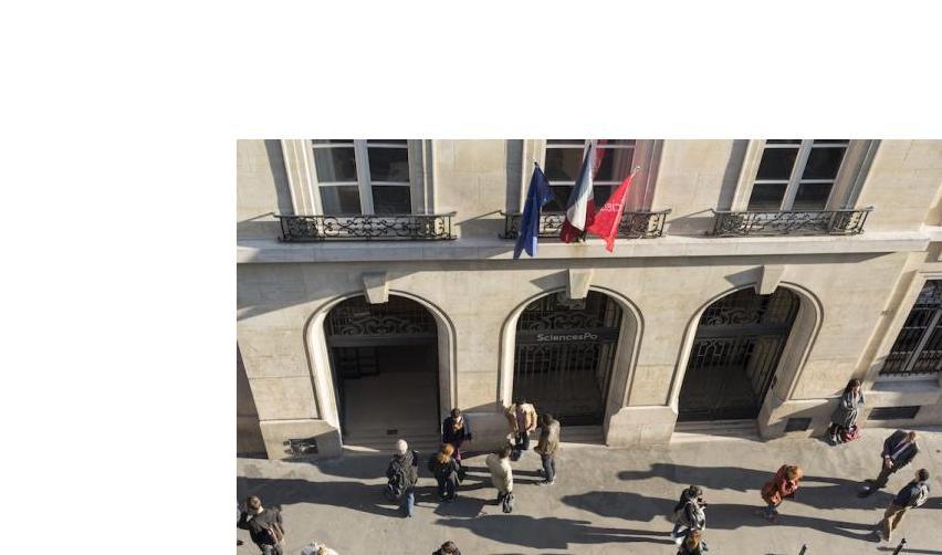Entrance to main building of Paris campus @Martin Argyroglo/Sciences Po