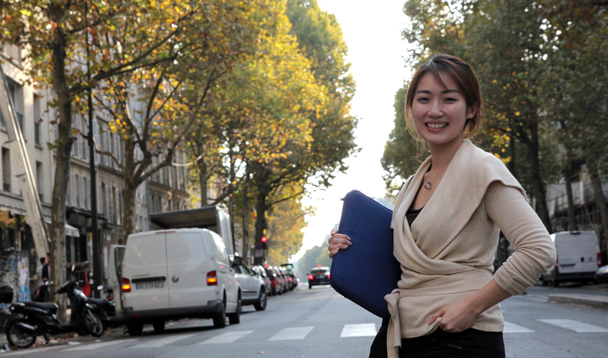Leia Shin in Paris