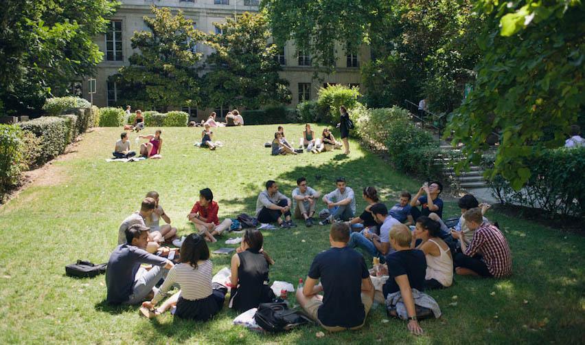 Juillet 2015 : pause déjeuner pour les étudiants de la Summer School