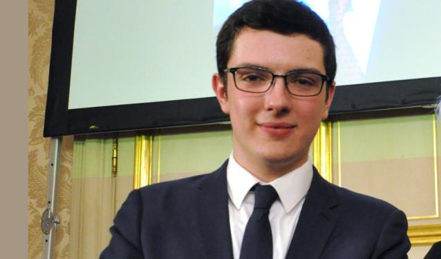 Luca Vergallo reçoit le prix Érignac pour ses simulations qui permettent de mieux comprendre les services de secours