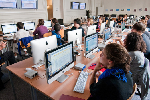 Learning video editing ©Thierry Dehesdin / Sciences Po