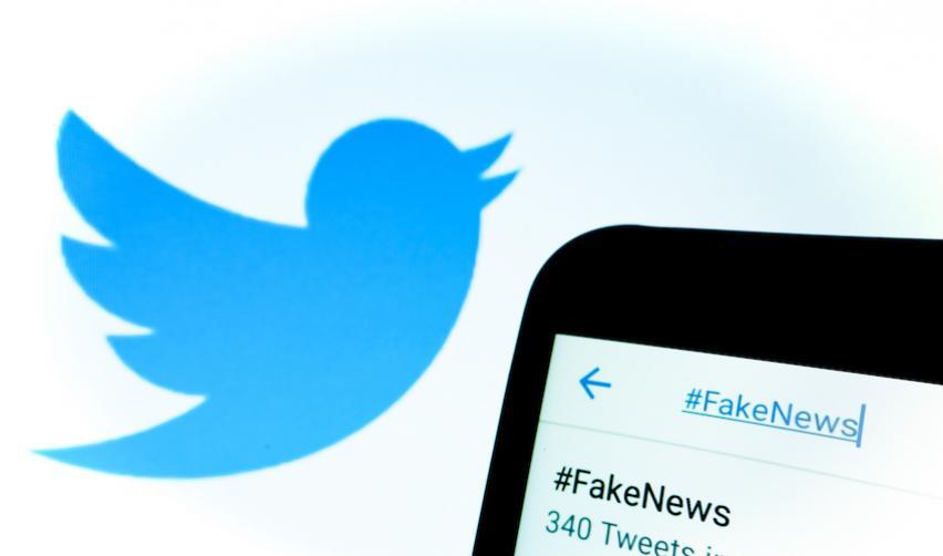 Des fake news sur Twitter ?- @Henryk Ditze - Shutterstock.com