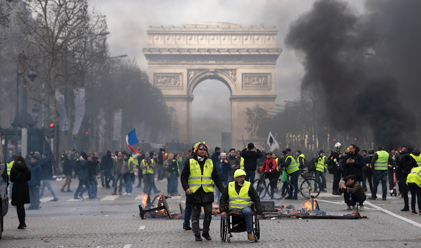 Gilets Jaunes on the Champs Elysées in Paris /  Frederic Legrand - COMEO / Shutt